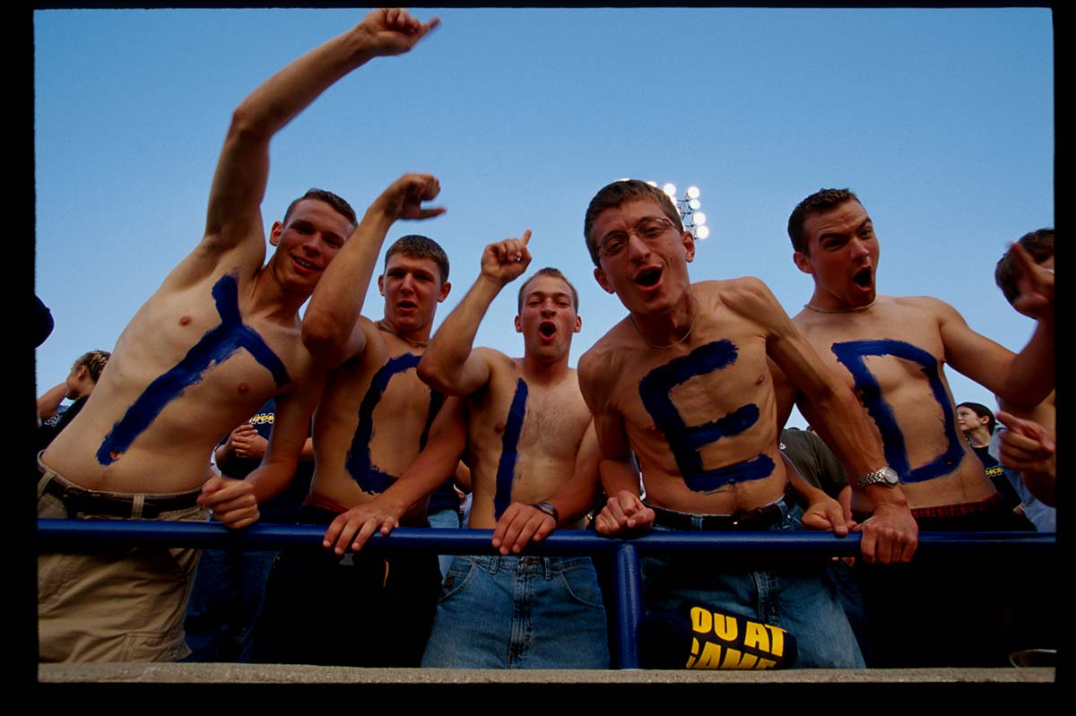 Toledo-Rockets---UT-Rockets-Glassbowl-Toledo-fans-photo-credit-Jeff-Greenburg.jpg